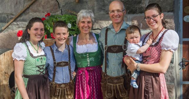 Famiglia Zemmer dell'Agriturismo Shcildberghof